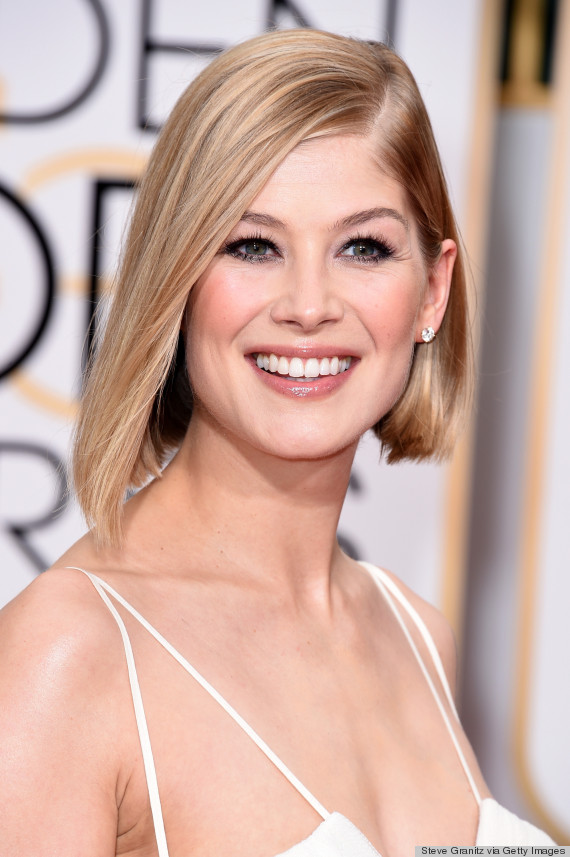 Rosamund Pikes Blonde highlights
