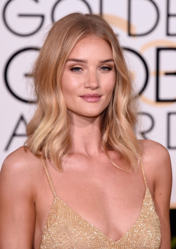 Rosie Huntington Whiteley Blonde hair styles