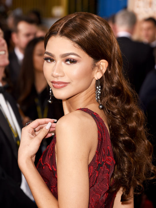 Zendaya Golden Globes - beautiful blondes