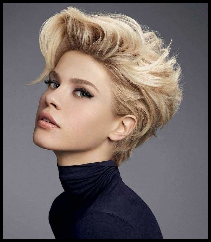 Womens haircuts 2019-2020. Fashion trends, photos — fashionable style